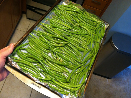 raw green beans on tray